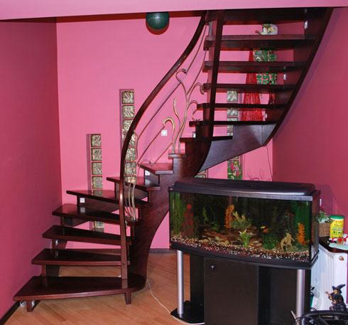 schody 14 a samonośne