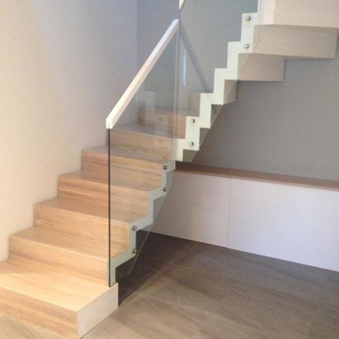 schody 15 a samonośne
