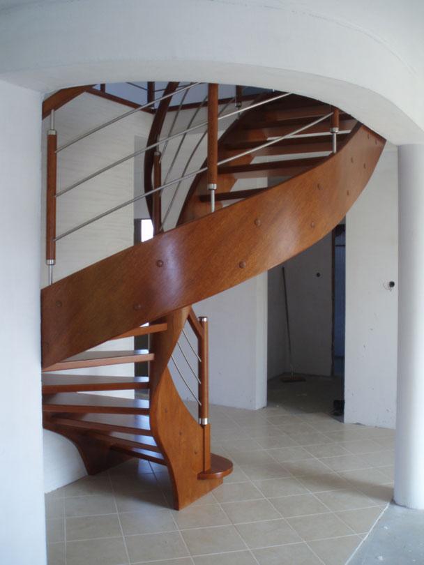 schody 1 b samonośne