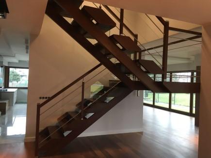 schody 9 a samonośne